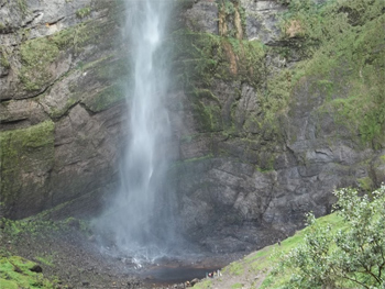 Spray of the falls, notice the tiny people in the right corner.