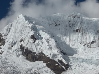 The mountains in the Cordillera Blanca offer extreme treking.