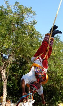 Volador spinning to the ground in Mexico.