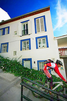 The sloped streets of the Albayzin and neighboring Realejo are popular with mountain bikers.