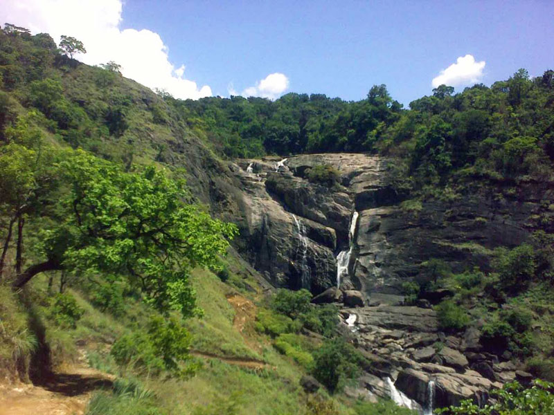 Mallalli Falls, about 1.5 hours drive from Madikeri, is one of the lesser known falls in the district. Though getting down to the falls makes for one tough trek, the view of the gorgeous Western Ghats makes it all worth it.