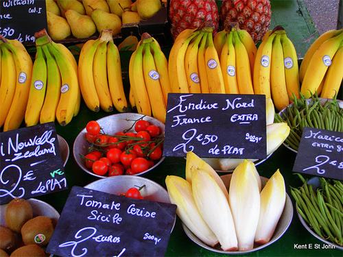 Fruit in Lyon.