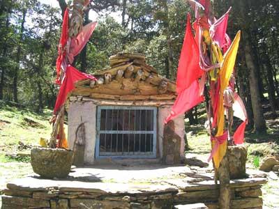 A temple near Auli