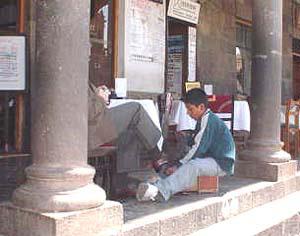 Children working in Cuzco