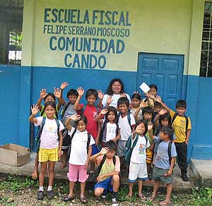 A community School in Ecuador founded with help from the Planeterra Foundation