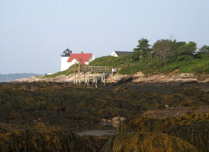Henndrick's Head lighthouse