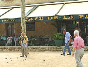 Playing boules in St. Paul