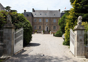 Chateau le Val, in Brix, Normandy. photos by Paul Shoul