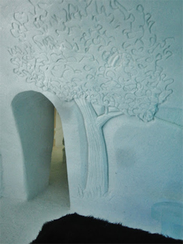 Doorway of a regular room at the Ice hotel.