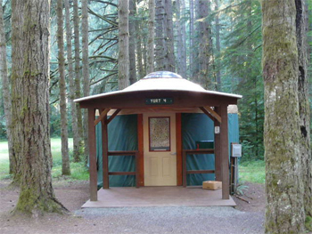 Yurt Oregon: Seaquest State Park offers yurts for rent. Helen Moat photos..