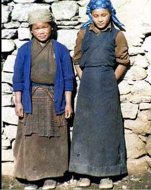 Sherpa girls in Nepal