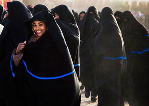Women in their abbayahs. Photo by Paul Schoul