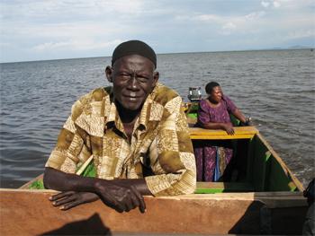 Nile boatman met en route.