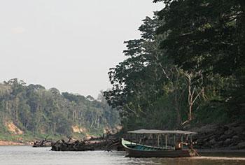 Navigating through the Tambopata Reserve