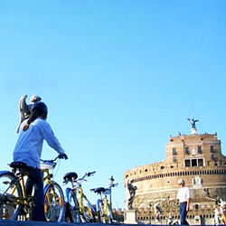 Experiencing Rome by bike.