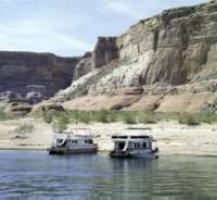 Houseboats on Lake Powell, AZ.