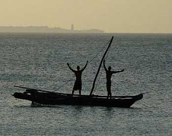 Boatmen in Zanzibar - photos by Anthing James Ellis