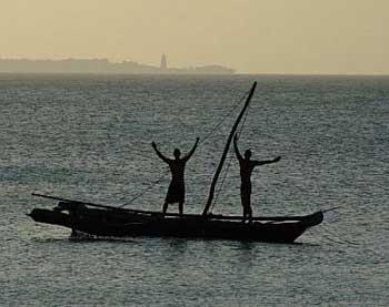 Boatmen in Zanzibar - photos by Anthing James Ellis