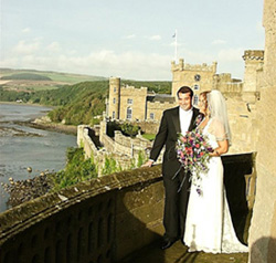 Grisel and Jeff on the balcony of the Culzean Castle in Scotland. Photo from Grisel.net