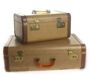 Travel Chic: How to Clean Vintage Luggage - GoNOMAD Travel