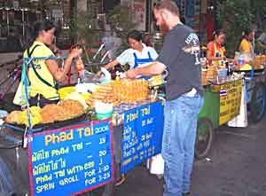 Street venddors in Bangkok