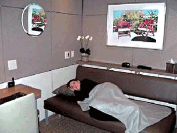 A traveler uses a mini-suite to nap