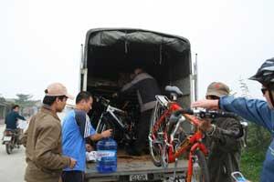 Loading bikes