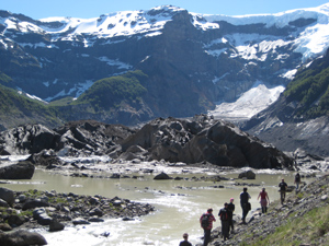 Hiking in Patagonia. photos by Lauryn Axelrod.