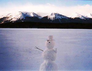 Snowman welcoming hikers to Pyramid Lake - photos by Bonnie Way