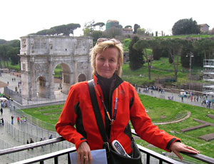 Erja Lipponon by the Arch of Constantine in Rome