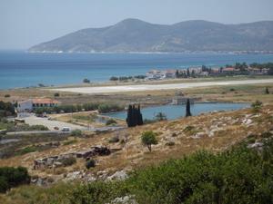 Mountains in Samos, Greece. photos by Inka Piegsa-Quischotte