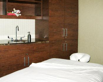 A waiting massage table at the Canyon Ranch Spa at the Palazzo