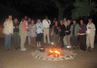 The campfire at Djuma Lodge