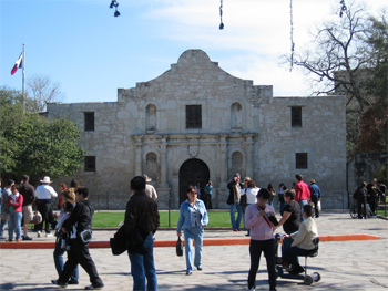 The Alamo: much smaller than you think.