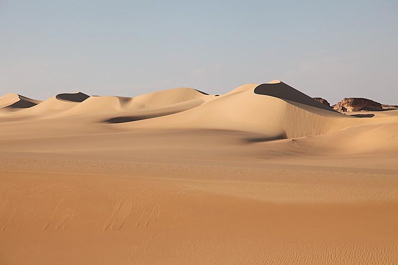 The Great Sand Sea of the eastern Sahara. Photo courtesy of Wikipedia