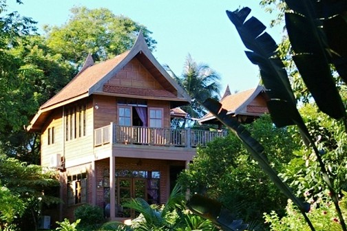 Authentic and unique home on Home Exchange.