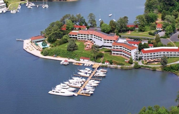 The Tides Inn is the gem of Virginia's Northern Neck, a relaxing waterfront inn.