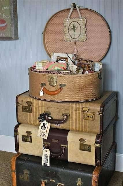 Old fashioned luggage, displayed as if someone were going out to catch an ocean liner to go across the Atlantic. Sofia Peralta photo.