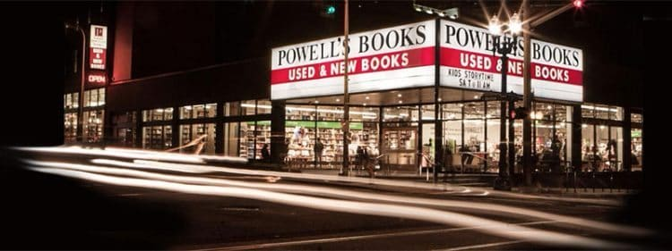 Powell's City of Books, Portland, Oregon.