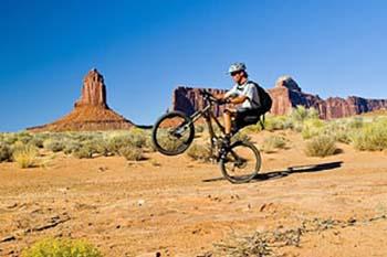 Biking Utah's Canyonlands: The White Rim Trail