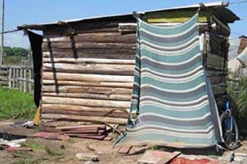 Alternative Spring Break: Building Houses in Uruguay