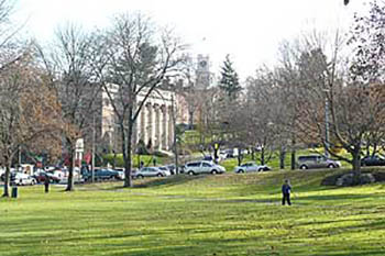 Amherst, Massachusetts: New England College Town