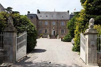 Cool Lodgings: Living Like Royalty at Chateau le Val, Brix, Normandy