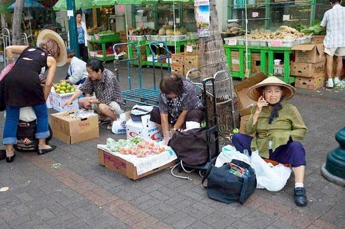 The market at Alba