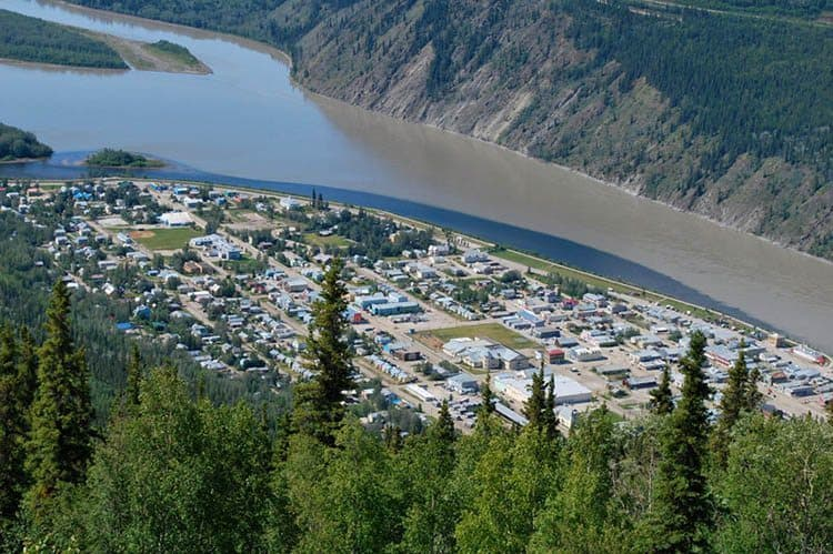 An aerial view of the Yukon River, the site of the longest canoe and kayak race in the world. Photos by Sonja Stark.