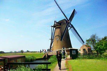 Biking Through the Dutch Countryside: Picture-Postcard Panoramas
