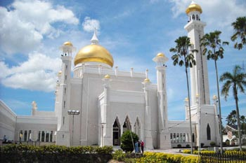 The Omar Sultan Ali Saiffuddin Mosque in Brunei