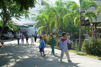 Caring for the Rejected: Helping People Living with HIV/AIDS in Thailand