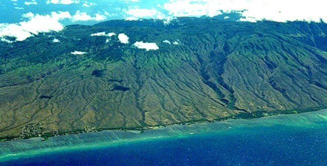 The grooves in the mountains of Molokai from the air.
