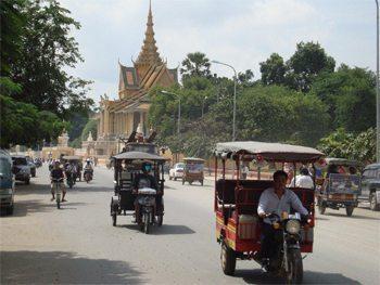 Phnom Penh street scene.
